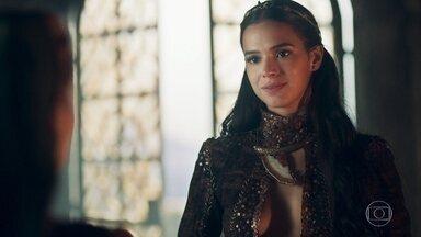 Catarina procura Diana para saber sobre filho de Afonso e Amália - Ela se mostra interessada na vida do casal