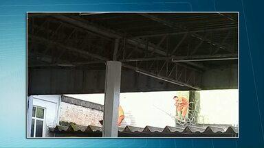 Presos fogem de cadeia no Paraná - Eles cerraram uma estrutura do solário.