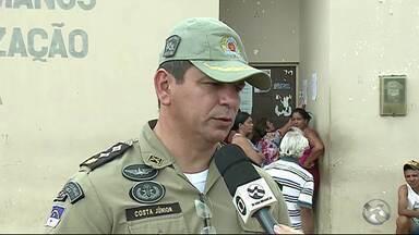 Presos ateiam fogo em colchões e destroem celas em Serra Talhada - Manifestação durou cerca de 12 horas e terminou na madrugada desta terça-feira (3).