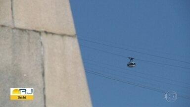 Moradores reclamam de teleféricos parados - No Morro da Providência e no Complexo do Alemão, os teleféricos não funcionam há meses.