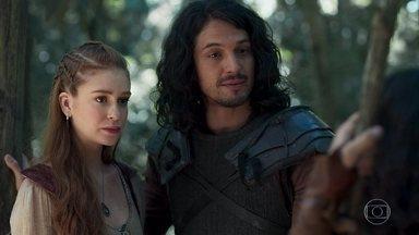 Amália ouve a reclamação de Levi, que sente fome - Afonso o incentiva a caçar e diz que vai ensiná-lo