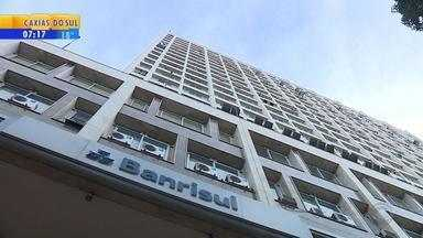 Leilão de ações preferenciais do Banrisul arrecada quase R$ 485 milhões - Foram 26 milhões de papéis vendidos, ao preço de R$ 18,65 cada.