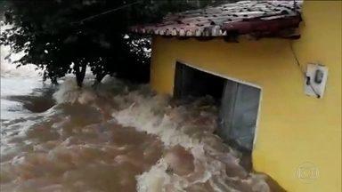 Chuva causa estragos no Nordeste; Maranhão é estado mais atingido - A chuva está causando inundações na região Nordeste. Rios transbordaram, barragens se romperam e estradas estão interditadas. O Maranhão é um dos estados mais atingidos.