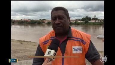 Nível bacia do Rio Parnaíba cai, mas situação ainda é de alerta em Floriano - Nível bacia do Rio Parnaíba cai, mas situação ainda é de alerta em Floriano