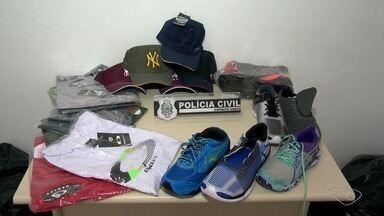 Polícia apreende produtos falsificados na Serra, ES - Eles eram comercializados em lojas de shopping de Laranjeiras.