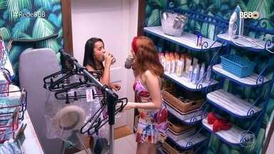 Ana Clara e Gleici aprontam de madrugada - Sisters escondem cerveja da produção