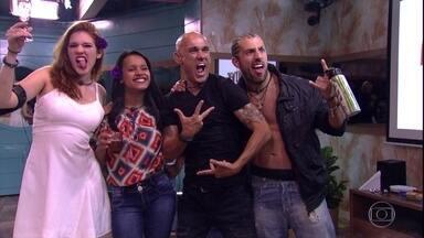 Família Lima, Gleici e Kaysar chegam à Final do BBB 18 - Kaysar e Ana Clara quebram recorde em prova de resistência. Breno e Paula acabam sendo eliminados