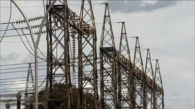 Valor da energia pesa no bolso dos brasileiros - Goiás foi o estado onde o preço da energia mais subiu, considerando os últimos 12 meses. O Norte é a região com a tarifa de energia mais cara do Brasil. E apesar das chuvas das últimas semanas, os reservatórios do Nordeste ainda preocupam.