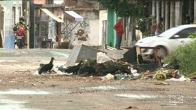 Moradores de bairro em São Luís cobram ações do Poder Público - Avenida principal do bairro Radional encontra-se em péssimas condições e moradores cobram ações.