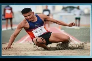 Empresa de Ituiutaba faz promoção para ajudar atleta paralímpico viajar para competição - Proprietária do estabelecimento oferece rifa para os clientes. Parte do dinheiro arrecadado será destinado a Wellington Fernandes, que irá participar de uma competição fora do Brasil.