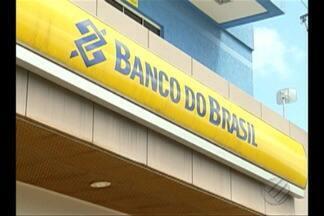 Fechamento de agências dos Correios e de bancos provocam prejuízos à população de Canaã - Fechamento de agências dos Correios e de bancos provocam prejuízos à população de Canaã