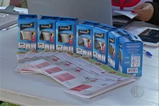 Concessionária de Energia troca lâmpadas de famílias de baixa renda - Ação acontece em Jundiapeba.