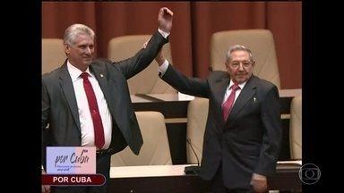 Novo presidente de Cuba toma posse e promete fidelidade ao legado de Fidel - Pela primeira vez desde a revolução de 1959, Cuba tem um presidente que não é da família Castro.