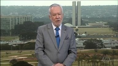 Alexandre Garcia comenta o desperdício de recursos que deveriam ir para sinalização - 30 bilhões estão parados no caixa do Denatran.