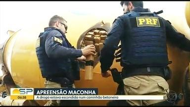 Polícia Federal apreende três toneladas de maconha na Rodovia Régis Bittencourt - Droga estava escondida dentro de caminhão. O motorista e os ocupantes de um carro que vinha fazendo a segurança, logo atrás, foram presos.