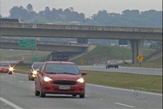 Estradas do Alto Tietê têm operação para o feriado - Polícia Rodoviária, DER e concessionárias reforçam segurança e orientações nas estradas com aumento do movimento em 1º de maio.