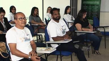 Entidades ligadas ao setor agrícola oferecem cursos para trabalhadores da região oeste - O projeto é para aumentar o desempenho do setor e atender ao mercado cada vez mais exigente.