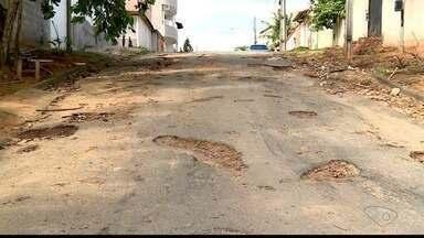 Prefeitura anuncia obras para reparos em ruas de Colatina, ES - Moradores reclamam de buracos.