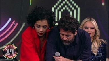 Eriberto Leão e Luciana Fernandes escolhem a campainha número quatro - Eles passam a vez e Ellen Rocche dá seu palpite