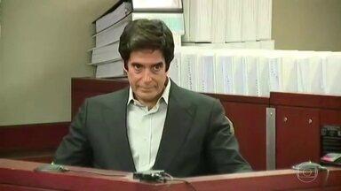 Fantástico explica truque de David Copperfield revelado em tribunal - Ilusionista foi forçado a revelar 'segredo' após participante afirmar ter se machucado durante o truque. Caso foi parar na Justiça americana.
