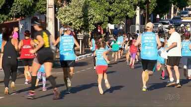 Cerca de mil atletas participam de prova pedestre Adriana de Souza em Ibiporã - Crianças, jovens e adultos correram pelas ruas da cidade neste feriado do Dia do Trabalhador.