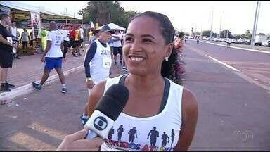 Corredores enfrentam 8 km pelas ruas de Araguaína - Corredores enfrentam 8 km pelas ruas de Araguaína