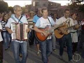 Moradores fazem homenagem a São José Operário em Montes Claros - Fieis realizaram celebração ao padroeiro, seguindo tradição de mais de 50 anos.