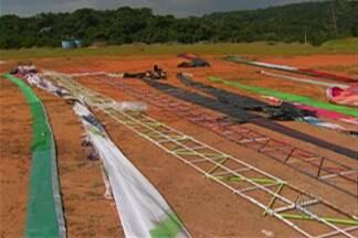 Polícia Ambiental faz flagrante de soltura de balões em Mogi - Dono de pesqueiro foi multado em R$ 30 mil.