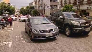 Zona Azul segue em período de adaptação com acompanhamento de permanência de carros - Multa ainda não estão sendo aplicadadas.