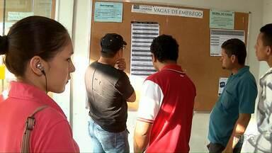 Começam as atividades da semana do trabalhador em Londrina - A programação vai até sexta-feira no Sine. Nesta quarta (02) os trabalhadores foram recepcionados com um café da manhã no local.