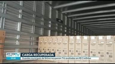 Guarda Municipal de Ibiúna recupera carga de R$2 milhões - Os guardas chegaram até as duas carretas através de um rastro de galhos deixado na fuga.
