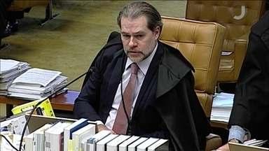 Ministro Toffoli, do STF, manda sete ações para instâncias inferiores - Supremo decidiu que foro privilegiado valerá somente para processos sobre crimes durante o mandato e relativos à função de parlamentar.