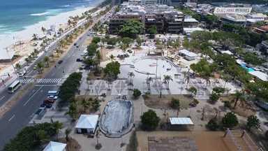 Praça Duó, Barra Da Tijuca (Rio De Janeiro)