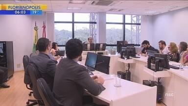 TJSC, Prefeitura de Florianópolis e sindicato elaboram acordo para tentar pôr fim à greve - TJSC, Prefeitura de Florianópolis e sindicato elaboram acordo para tentar pôr fim à greve dos servidores municipais