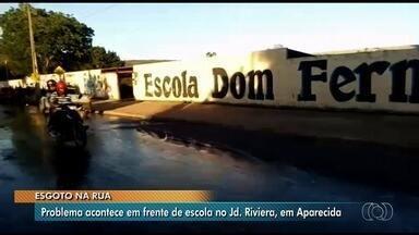 Moradores denunciam esgoto a céu aberto no Jardim Riviera, em Aparecida de Goiânia - Resíduos são descartados na porta de uma escola pública da região.
