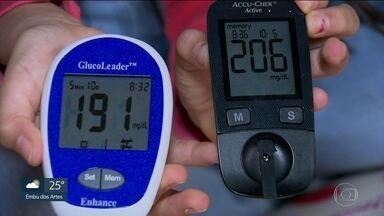 Diabéticos reclamam de medidor de glicose dado pela prefeitura da Capital - Pacientes dizem que o glicosímetro da Secretaria da Saúde não é confiável, o que dificulta o tratamento da diabetes