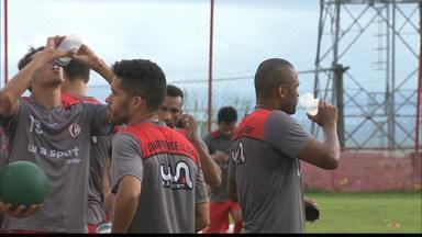 Campinense lida com problemas de lesões dos atletas em meio à Série D - Departamento médico da Raposa está bastante movimentado, com alguns jogadores afastado das partidas