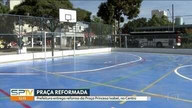 Reforma da Praça Princesa Isabel é concluída e apresentada - A prefeitura de São Paulo apresentou, nesta sexta (11), o resultado da reforma na Praça Princesa Isabel, no Centro da cidade. Em 2017, a cracolândia praticamente havia se mudado para a área.