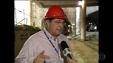 Ex-diretor do metrô de SP é denunciado por corrupção - O MP-SP denunciou Sérgio Corrêa Brasil, ex-diretor do metrô de São Paulo, por corrupção e lavagem de dinheiro. Ele foi delatado por dois executivos da Camargo Corrêa. Segundo a denúncia, em 2011, ele pediu propina a seis construtoras.