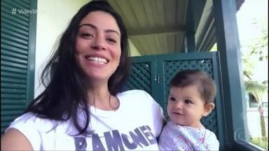Carol Castro fala sobre seu primeiro dia das mães - Dia será especial ao lado da pequena Nina