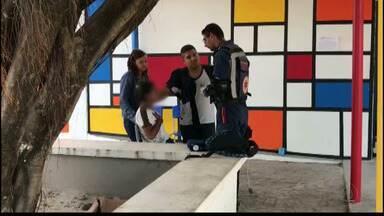 JPB2JP: Estudantes passam mal em escola no Valentina Figueiredo - Ainda não se sabe o que provocou o desmaio das alunas.