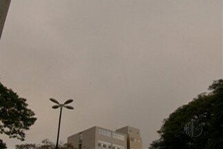 Alto Tietê deve ter chuva em pontos isolados - Chuva deve ocorrer no final da tarde. Durante o dia o tempo deve ser encoberto com algumas aberturas de sol.