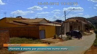 Homem é morto a tiros no Setor Barra da Tijuca, em Goiânia - Crime ocorreu em bairro que fica na saída para Trindade.