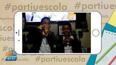 Estudantes mandam vídeos para o quadro #partiuescola - Confira as imagens.