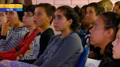 Educação financeira para crianças ganha espaço em escola do interior do RS - Assista ao vídeo.