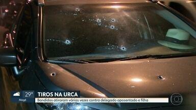 Delegado e filha são baleados na cabeça na Urca - Um delegado aposentado e a filha dele foram baleados na cabeça na Urca, na Zona Sul do Rio. Segundo a polícia, eles foram vítimas de uma tentativa de assalto. Um bebê estava no carro, mas não foi atingido.