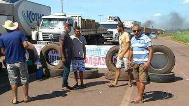 Rodovias do Tocantins têm bloqueios durante protestos contra o aumento dos combustíveis - Rodovias do Tocantins têm bloqueios durante protestos contra o aumento dos combustíveis