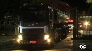 Acesso ao Porto de Maceió é liberado após negociação com a polícia - Motoristas de aplicativo estavam bloqueando o acesso de caminhões de carga desde quinta-feira (24).