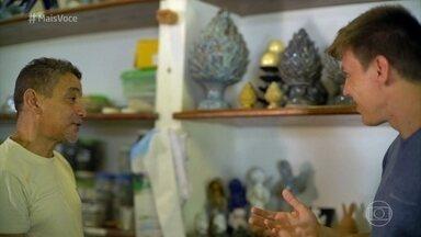 Mestre Nena transformou o hobby de artesanato em negócio - Severino Lima começou vendendo filtros de barro e há 17 anos ganha a vida com suas peças de artesanato