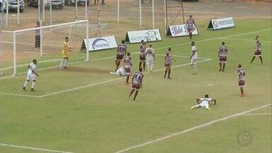 Vocem vence Santacruzense por 3 a 0 pela Segundona - O Santacruzense começou bem a disputa, no entanto, não conseguiu segurar o placar durante o jogo. Com gols de Romão, Eric Bahia e Bruno Cairo, o Vocem levou a melhor por 3 a 0.